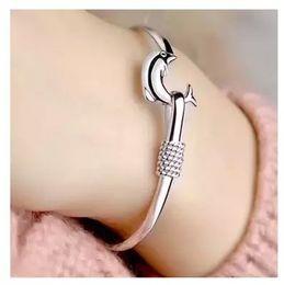 S999 Silver Jewelry Sterling Silver Bracelet female Dolphin Bracelet Jewelry Wholesale Valentine star with money to send his girlfriend