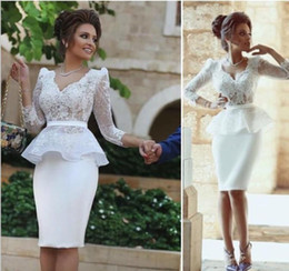 Formal White Lace Peplum See Through Mother Evening Dresses Sheath Pencil Skirts Elegant Long Sleeves Evening Gowns Short Cocktail Dresses