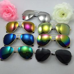 Meilleur prix de gros Lunettes de soleil unisexe Lunettes de soleil Fahsion Choices Multi-Color Livraison gratuite à partir de meilleures lunettes de soleil gros fournisseurs