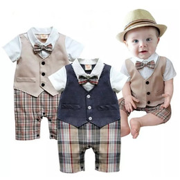Newest Summer Baby Boys Clothes Tuxedo Rompers Shortall Handsome Gentleman Bebe Clothing One-Piece Vest Boties Body Suit Grid