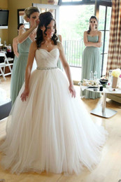 Newest Custom Simple Style Sweetheart Beaded Sash Ball Gown Wedding Dresses 2019 Pleated Tulle Sweep Train Bridal Gowns Tie up Back