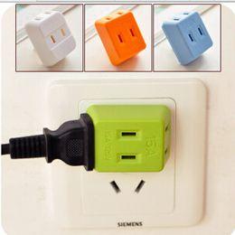 Wholesale Universal Socket Outlet Extend Wireless Plugs Lightning Fangshuai Outlet Adapter Socket Triple For Travel