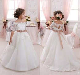 Wholesale Cheap Flower Girl s Dresses Lace Off Shoulder Half Sleeves A Line Princess Kid s Pageant Gowns Formal Wedding Party Birthday Communion