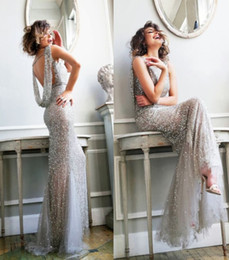 Wholesale Grey Formal Evening Gowns Shining Prom Gowns Sequins Jewel Neck Hollow Back Floor Length Tulle Formal Pageant Dress Cheap Gowns
