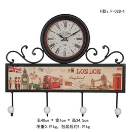Wholesale HD014 LY1 NEW HOT American Style Corridor Pastoral Art Wall Clock With Hook Rack Style Optional