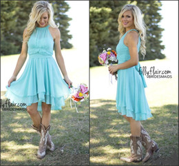 2016 Turquoise Cheap Bridesmaid Dresses Halter Neck Pleated Chiffon A Line Knee Length Spring Country Style Maid of Honor Gowns Under $80