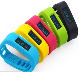 Wholesale OLED Bluetooth Smart Bracelet Sport Watch Pedometer Sleep Monitoring Calorie burning Counter for Android Smart Phones silicone Wristband