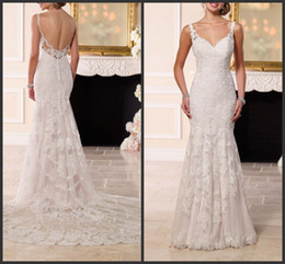 Wholesale 2016 Antique Inspired Romantic Wedding Dresses KR Sweetheart Sleeveless Appliques Lace Mermaid Bridal Gowns Covered Button Court Train