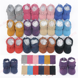 Wholesale Multy Color Baby moccasins soft sole genuine leather first walker shoes baby leather newborn shoes Tassels maccasions boot bootie A076