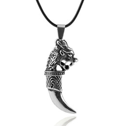 Punk Style Personalized Men Wolf Tooth Spike Pendant Necklace Male Leather Chain Necklace two sizes N349
