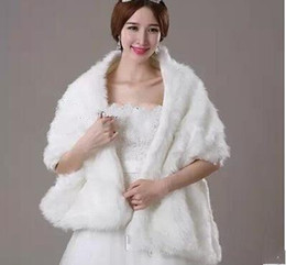 cheap 2015 Winter Women Warps Fur Ivory Wedding Bridal Wraps In Stock Winter Women Shawl Bride Jacket Coat Bridal Accessories Free Shipping