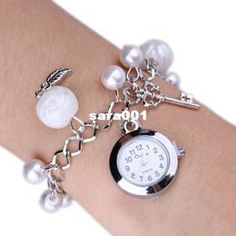 Montres de gros perle en Ligne-Casual Charms Perles Quartz Mode pour filles gros-chauds de vendre des femmes Feuilles Bracelet Casual en acier inoxydable Montre