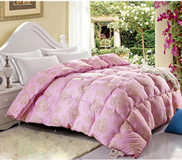 Wholesale feather fabric comforter blanket quilt duvet for summer amp winter king queen full size handmade bedding pink color