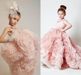 Pink Flower Length Tiered Flower Girl Dresses Flouncing Ruffles Skirt Train Puffy Flowergirl Dresses Handmade Flowers Princess Gowns for Kid