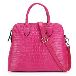 Wholesale-New fashion European and American style luxury leather handbag crocodile grain leather portable Messenger shell bag handbag