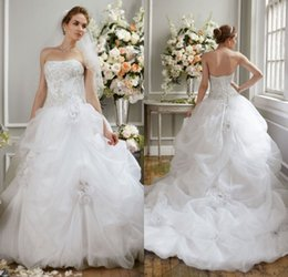 Gorgeous Charming A Line Strapless Chapel Train White Organza Crystal Wedding Dresses Free Shipping Bridal Wedding Gowns