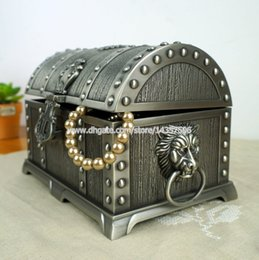 Wholesale Pirates of the Caribbean Treasure Chest with Lock Large Double Layer Jewelry Box Carring Case Antique Metal Trinket Box Wedding Gift