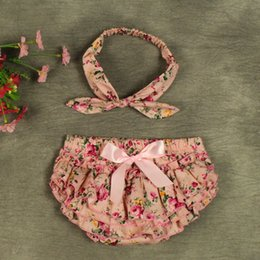 Wholesale 2016 New baby girl kids infant Cotton Little rose flower floral bloomers shorts Diaper Covers tutu pants BB pants bowknot Lace headband
