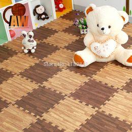 Wholesale art of wood years new Imitation wood playground plastic foam mats bedroom living room carpet flooring gym floor puzzle mat