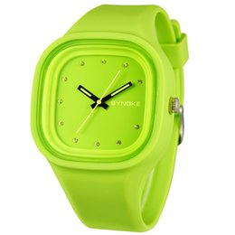 New Arrival Jelly Silicone Men Sports Watches Quartz Watches Colorful Square Dial Waterproof Watches For Gift
