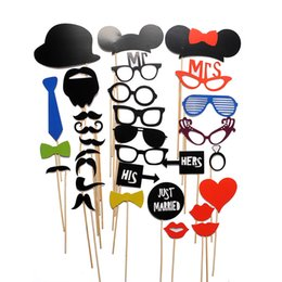 31PCS New DIY Face Funny Masks Photo Booth Props Photography Mustache On A Stick Birthday Party Favor
