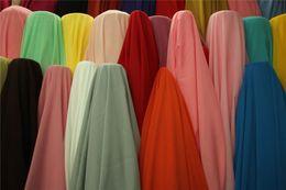 Chiffon Dress Fabric 2015 Cheap Modest Prom Dress Fabric Colorfdul New Arrive Sexy Free Shipping In Stock Fashion Wedding Fabric