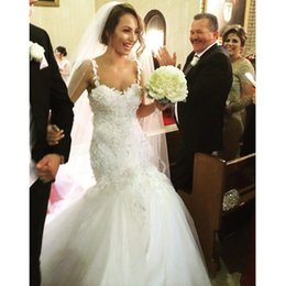 2015 Mermaid Wedding Dresses with Spaghetti Straps Sweetheart Sequined Appliques Vintage Princess Gowns Sexy Bridal Wedding Gowns