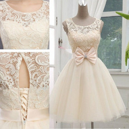 Charming Champagne New Arrival Short Wedding Dresses Sheer Crew Neck Sleeveless Knee Length Tulle Bridal Gown Keyhole Lace-up Back Bow Sash