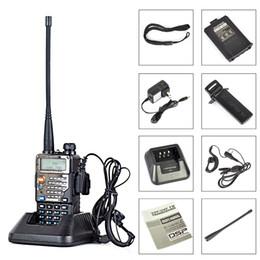 2017 deux radios bidirectionnelles vente Vente en gros-Baofeng UV-5RE + Plus Dual-Band Walkie Talkie 136-174400-520MHz poche radio à deux voies uv 5RE Noir deux radios bidirectionnelles vente promotion