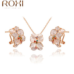 Wholesale ROXI Exquisite White roses of the necklace earrings plated with crystals Christmas to give the most appropriate gifts