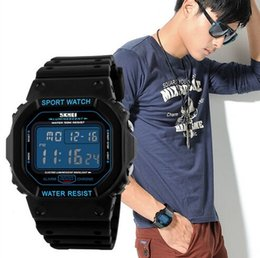 Fashion Retro New Men Water 50M Resist Sport Watch PU Strap Chrono Alarm Wrist Watches 1134