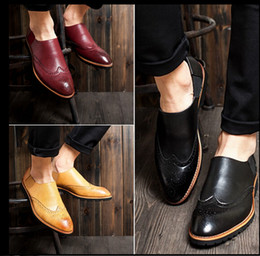 Wholesale Bullock carve patterns or designs on woodwork men s shoes British wingtip shoes men s business casual shoes slip on tide restoring ancient w