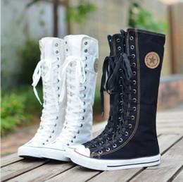 Compra Online Niñas de arranque blanco-Plus 35-43 ata para arriba los zapatos de los planos de la mujer de los zapatos ocasionales de la rodilla de la vendimia de las mujeres de los planos eje de alta Botas Zapatos de las muchachas zapatos de lona Negro Blanco WXZ211