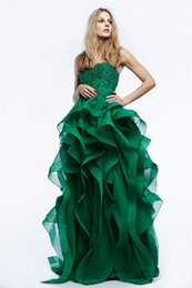 Wholesale Glamorous Reem Acra Spring Prom Dresses Peacock Green Lace Applique Beads Evening Gown Floor Length Irregularity Ruffle Formal Dress