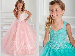 Wholesale Pink Girls Pageant Dresses Deep V Neck Vestidos De Primera Comunion Appliques Princess Floor Length Flower Girl Dress Kids Evening Gowns