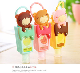 Wholesale bath and body works hand sanitizer holder in soft silicone material wash your hands more convinent gel antibacterial