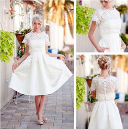 2019 Vintage Short Wedding Dresses Short Sleeve Ruffles Scoop Neckline Taffeta A-Line Knee Length Lace Wedding Gowns Custom Made W034