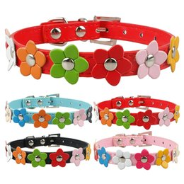 Puppy Dog Collars PU Leather Dog collar With Cute Flowers Pink Red Blue Black Colors 4 Sizes Free Shipping