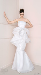 Robe de mariée en organza sans bretelles blanche en Ligne-2016 Blanc Organza sirène longues robes de mariage Vintage Strapless Tiered Peplum Robes de mariée sexy No Sleeve Plus Size Vestidos Novia Cheap