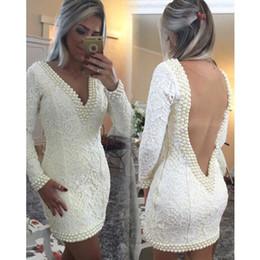 Damas mini vestido vestido en venta-Sexy Blanco vaina vestidos del partido perlas sin respaldo V Volver Mini Por encima de la rodilla Vestidos de cóctel Vestidos de fiesta Nuevo estilo de las mujeres de la señora