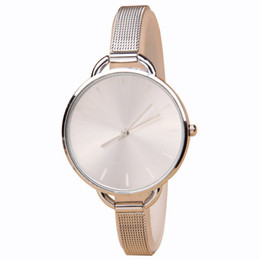 Wholesale Latest fashion female golden silver watch simple elegant artistic quartz watch Birthday gifts the best choice