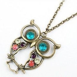 Fashion hollow out owl pendant necklace Retro Color Block Drill Hollowing Carved Cute Owl Necklace statement Jewelry