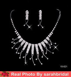 Wholesale Cheap Bridal Jewelry Sets Silver Crystal Pendants Necklaces and Drop Chandelier Stud Rhinstone Earrings Fashion For Party Prom Sale Under
