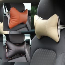 Cojines reposacabezas de cuero en Línea-Almohadillas de asiento suave al por mayor Cuero de coches de clima de masaje asiento reposacabezas almohadas agujero de excavación interior accesorios cojines de asiento QBJ