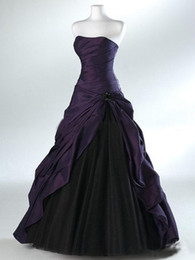 Purple And Black Ball Gown Gothic Wedding Dresses for Brides Strapless Grey Floor Length Actual Picture Bridal Gowns Vestidos de Novia