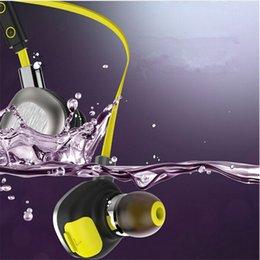 Wholesale Auriculares Bluetooth Morul U5 Plus Sport auricular Auriculares inalámbricos Auriculares Bluetooth resistente al agua IPX7 Auriculares para