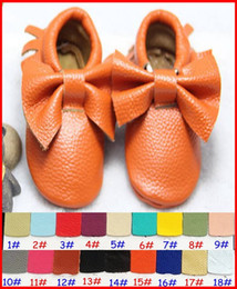 28Pairs Fedex Baby moccasins girls bows moccs soft sole moccs genuine leather prewalker booties toddlers infants fringe bow cow leather Shoe