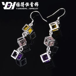 Wholesale The explosion of jewelry factory supply Sterling Silver Earrings square diamond earrings earrings fashion trade Earrings