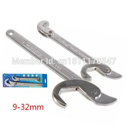 Wholesale Rapid universal wrench chrome vanadium steel universal spanner wrench quickly repair plumbing faucets pipe wrench master wrench