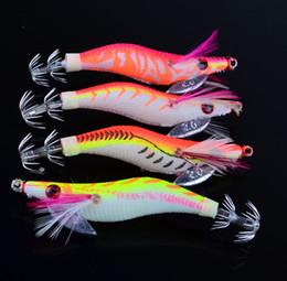 Купить Онлайн Креветки для рыб-Пешки кальмары Джигс Crankbait каракатицы Lure Искусственные креветок наживки 8 см 7,5 г 4colors 2,5 # Рыбалка Крючки Светящиеся пластиковые приманки Креветки Приманки